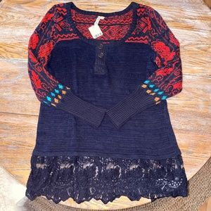 FREE PEOPLE button top/crochet hem sweater/NWT